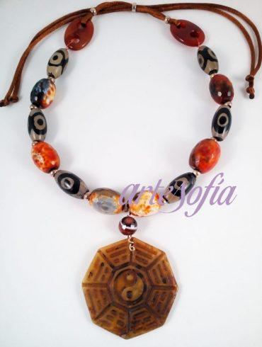 Collar Agata y Jade Yin Yang. Artesofia