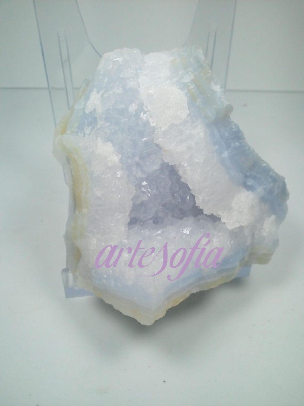 Calcedonia azul cristalizada. Artesofía.