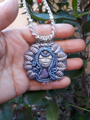 Medallón Diosa Zafiro Azul